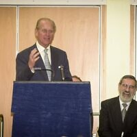 Prince Philip makes a joke at Hertsmere Jewish Primary's opening, which Rabbi Lord Sacks enjoyed! (Credit: David Katz)