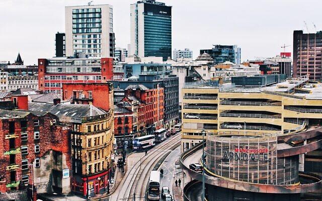 Manchester (Photo by William McCue on Unsplash)