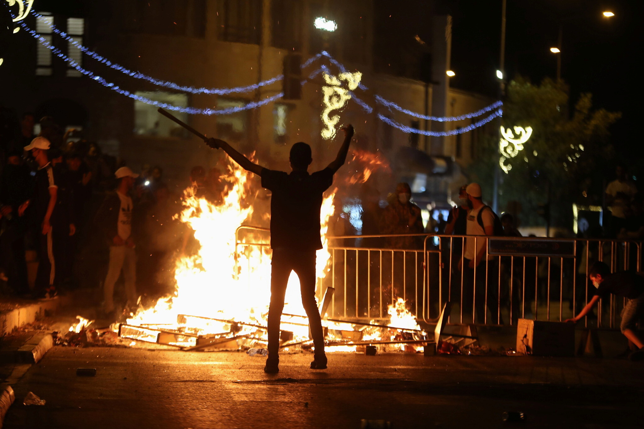 A tense Ramadan for families in Jerusalem as clashes continue