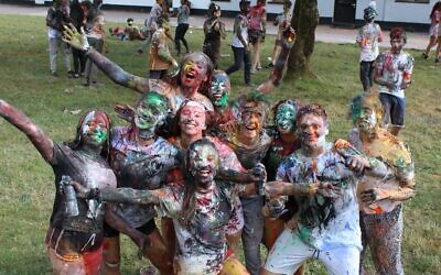 A Habonim Dror camp: this year's has got the go-ahead