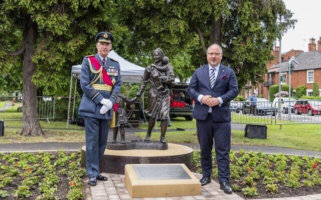 Air Chief Marshal Rtd Sir Andrew Pulford (left) and Polish Ambassador HE Arkady Rzegocki (right)
