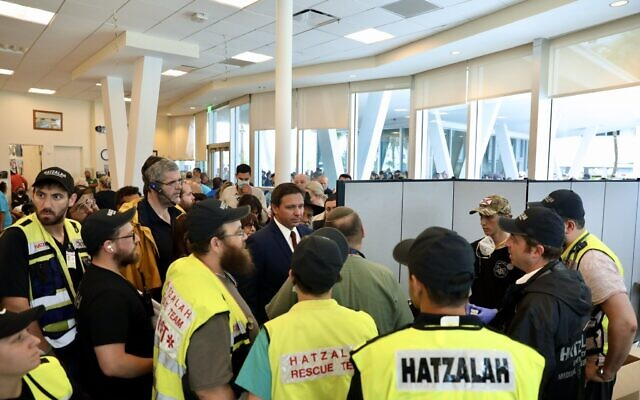 Picture posted by the Governor of  Florida with Hatzalah volunteers