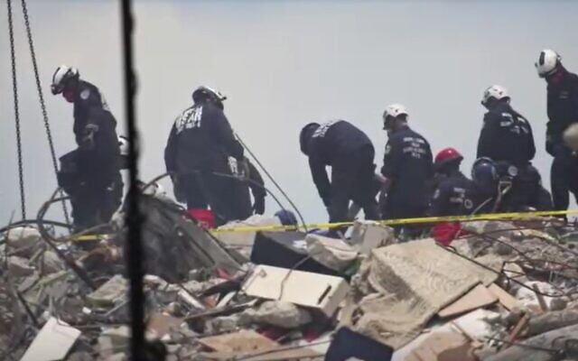 Rescue workers were at the site of the collapsed building for a fifth day on Monday (Photo: Reuters)
