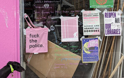 The tote bag in the cafe's window (Image: Pink Peacock / Twitter)