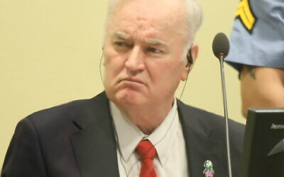 - Ratko Mladić, former commander of the Bosnian Serb Army, at his trial judgement at the ICTY. (Wikipeida/  Author UN International Criminal Tribunal for the former Yugoslavia. Source:  https://www.flickr.com/photos/icty/26801740889/ / Attribution 2.0 Generic (CC BY 2.0) /