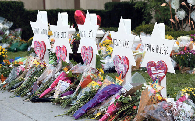 Tributes to victims of antisemitism at row Tree of Life synagogue massacre
