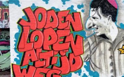 Antisemitic mural of Dutch footballer Steven Berghuis (CREDIT: CIDI)