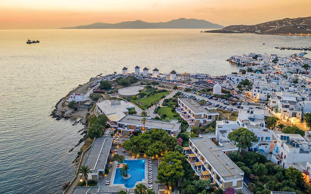 Mykonos Theoxenia is the island's icon