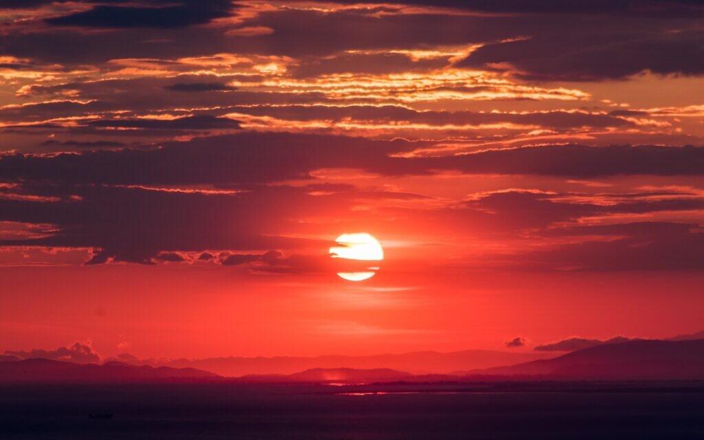 Sunset (Photo by Jason Blackeye on Unsplash)