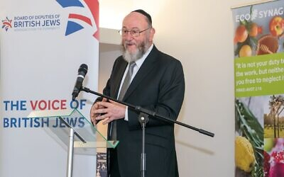Chief Rabbi Mirvis speaking at the 'Carbon Zero' event