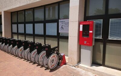 An example of the wheelchair docking system in Israel (Image: Wheelshare)