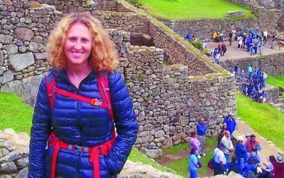 Sharsheret founder Rochelle Shoretz, zl, in Peru in 2012