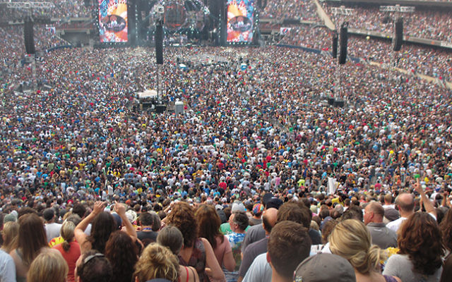More than 70,000 fans packed Chicago's Soldier Field for the finale of the Grateful Dead's three-concert Fare Thee Well tour on July 5. Photo by Howard Blas