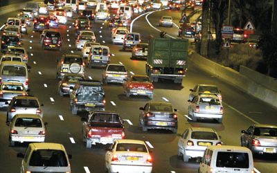 A traffic jam on Israel's Ayalon Highway, near the entrance to Tel Aviv. (Moshe Shai/Flash90)