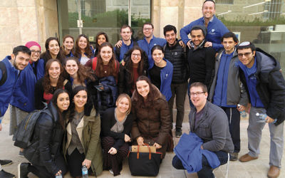 The group stands together after a Stand With Us workshop about combating media bias against Israel. (Photos Courtesy of Yeshiva University)
