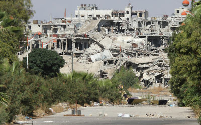 A residential area in Syria that was destroyed by bombing. (Oolodymyr Borodin/ www.shutterstock.com)