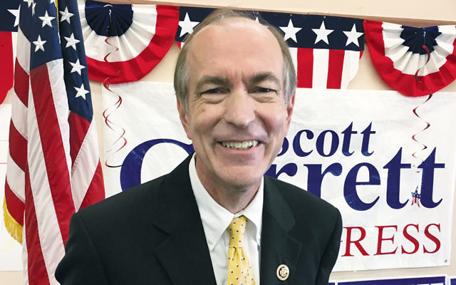 Scott Garrett at his campaign headquarters in Hackensack. (Larry Yudelson)