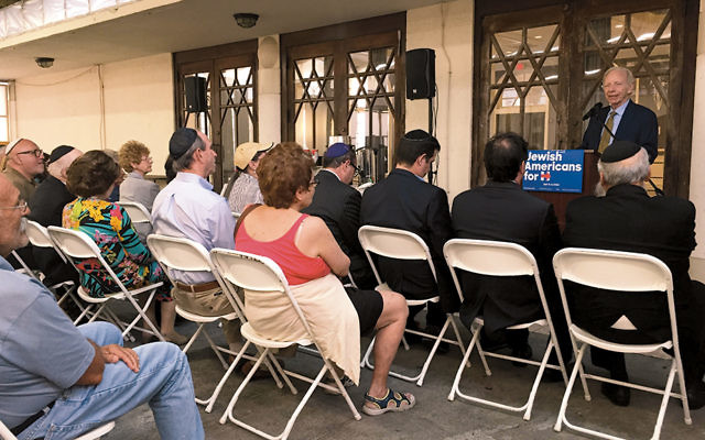 Former Senator Joseph Lieberman speaks to Jewish voters on behalf of Hillary Clinton at the Shul in Surfside, Fla., on October 20. (Courtesy of the Hillary Clinton campaign)