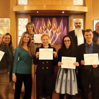 """Last month, participants in the JLI course """"How Success Thinks"""" at Lubavitch on the Palisades celebrated their class's graduation. The six-week class was led by Rabbi Mordechai Shain. The next course is """"The Dilemma: Modern Conundrums. Talmudic Debates. Your Solutions."""" (Courtesy LOTP)"""