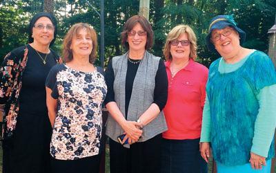 From left, the Klee committee is Dr. Lynda Zentman, Suzanne Weilgus, Tova Taragin, Gloria Gordon, and Rochelle Zupnik.