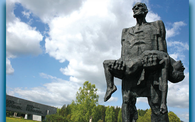 """The Unbowed Man"" statue at the Khatyn Memorial in Belarus commemorates Yuzif Kaminsky, a survivor of Nazi atrocities, and his slain son, Adam.  (John Oldale/Wikimedia Commons)"