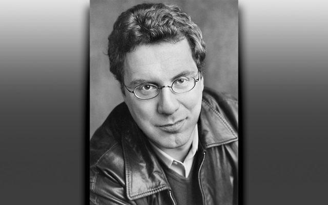 Dr. Jeremy Dauber (Marion Ettlinger)