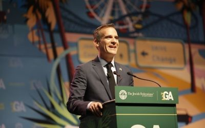 Los Angeles Mayor Eric Garcetti speaking at the Jewish Federations of North America's General Assembly. (Courtesy of JFNA)