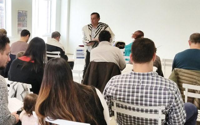 Rabbi Aaron Katz led services on January 20 at Hamilton House. (Photo provided)