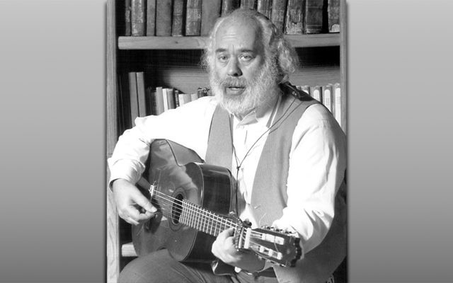 Rabbi Shlomo Carlebach, seen in a 1989 photo, was perhaps the most prominent 20th-century composer of American Jewish music. (Dave Buresh/The Denver Post via Getty Images)