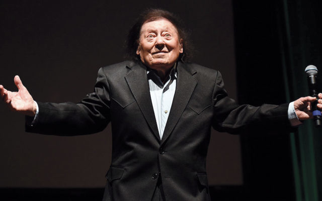 Marty Allen performing during a show celebrating his 94th birthday in Las Vegas on March 26, 2016. (Ethan Miller/Getty Images)