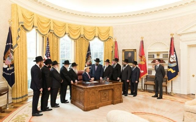 A delegation of rabbis from the Lubavitch-Chabad movement visit President Donald Trump in the Oval Office on March 27, 2018. (Official White House photo)