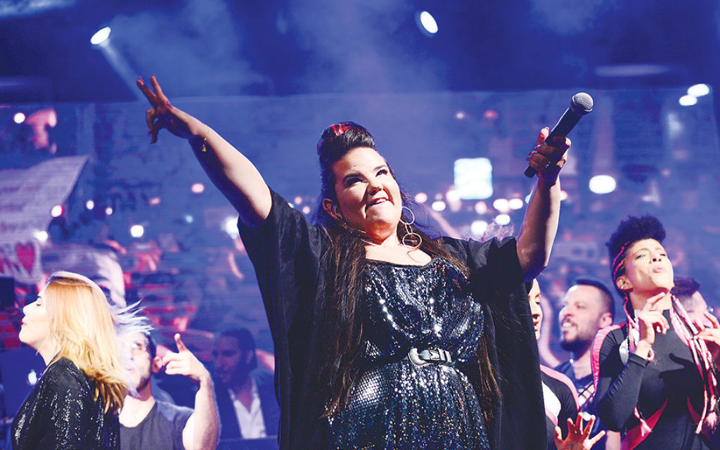 Netta Barzilai, the winner of this year's Eurovision contest, performs at Rabin Square in Tel Aviv on May 14, 2018. (Tomer Neuberg/Flash90)