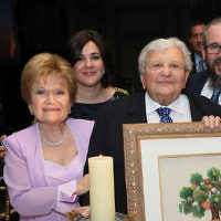 Hindy and Rabbi Dov Drizin with Bernice and Bernie Gola, front. (Photos by Seth Litroff)