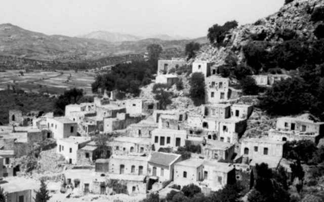 A view of the southern coast of Crete in June 1943. (German Federal Archive/Wikimedia Commons)