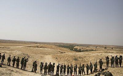 Israeli soldiers training in Tzeelim, in southern Israel, July 3, 2018. (Lior Mizrahi/Getty Images)