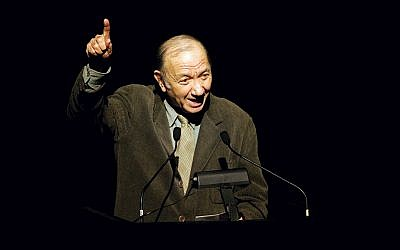 Neil Simon tells stories during a memorial tribute to Cy Coleman at the Majestic Theatre in Manhattan on January 10, 2005.  (Paul Hawthorne/Getty Images)