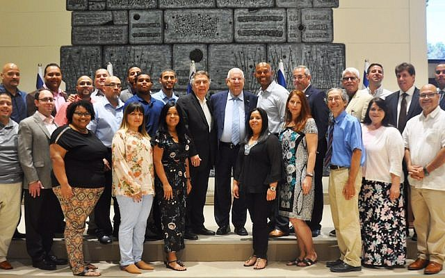 Israeli President Reuven Rivlin, center, with Mariano Rivera, to the right, and other members of the retired Yankee's church delegation in Jerusalem, July 31, 2018. (Office of the President)