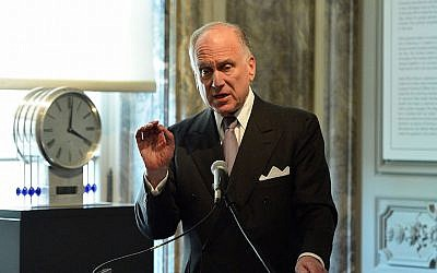 World Jewish Congress President Ronald Lauder speaking at the Neue Galerie in New York, June 19, 2015. (Slaven Vlasic/Getty Images for The Weinstein Company)