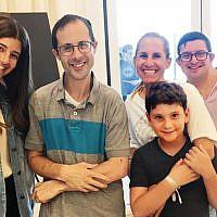 Yachad members, Deal/Flatbush community members, Yad B'Yad participants, and NJ Yachad staff. (Photos by Leora Verbit & Daniel Solomon)