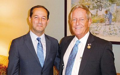 Dr. Richard Schlussel, left, with Congressman Joe Wilson. (Courtesy Norpac)