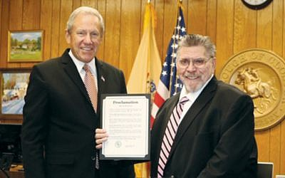 Closter Mayor John Glidden, left, and Rabbi Fred Pomerantz (Photo provided)