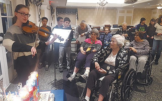 Bella Harelik of Ridgewood played the violin. (Valley Chabad)