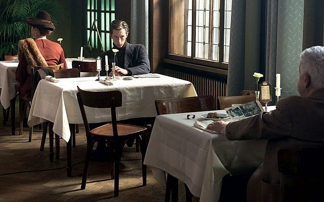 """Solitary diners in a scene from """"The Invisibles"""""""