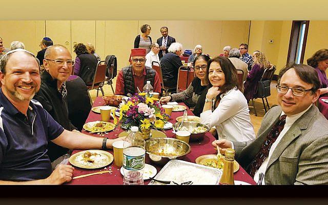 Participants at the annual interfaith dinner. (Courtesy CSI)