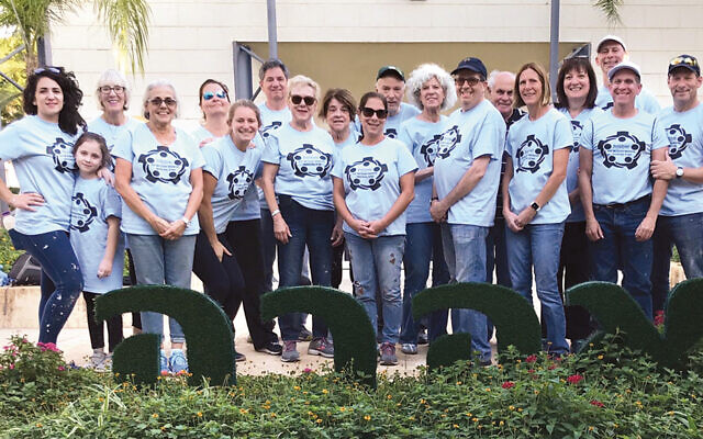 This group from the Orangetown Jewish Center joined the shul's 14th mission; they go to Israel to work. (Simone Wilker)