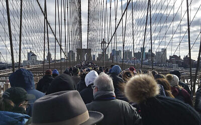 Marchers head toward Brooklyn. (BEN SALES)