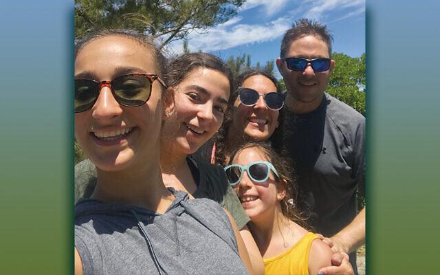 Last summer, from left, Hailey, Bari, Sami, Stefanie, and Matt Diamond smile for Hailey's selfie.