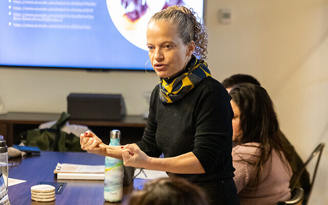 Back in pre-pandemic times, Dr. Noa Lavie teaches in person at the Academic College of Tel Aviv-Yaffo. (NOA LAVIE)