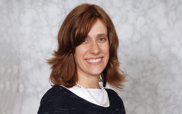 Dr. Eve Krakowski