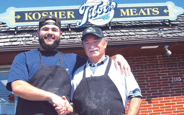 Ilan Senders and Tibor Rosenberg in 2019. (Photo courtesy Cleveland Jewish News/Jane Kaufman)